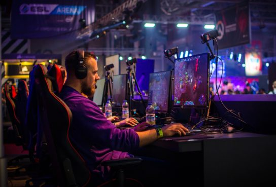 Esports – opportunity for video game developers